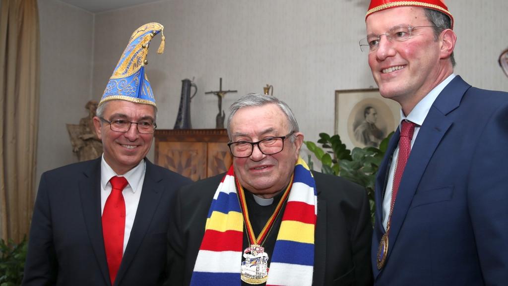 V.l.n.r.: Roger Lewetz, Karl Kardinal Lehmann, Michael Ebling. Foto: MdI RLP/Stephan Dinges.